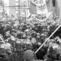 21 avril 2001 : Sur la rue St-Jean, à  Québec, durant le Sommet des Amériques